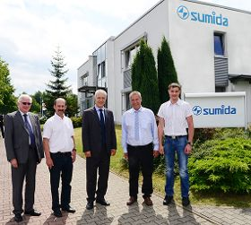 Sachsens Ministerpräsident zu Besuch bei SUMIDA flexible connetions GmbH